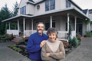 older-couple-house